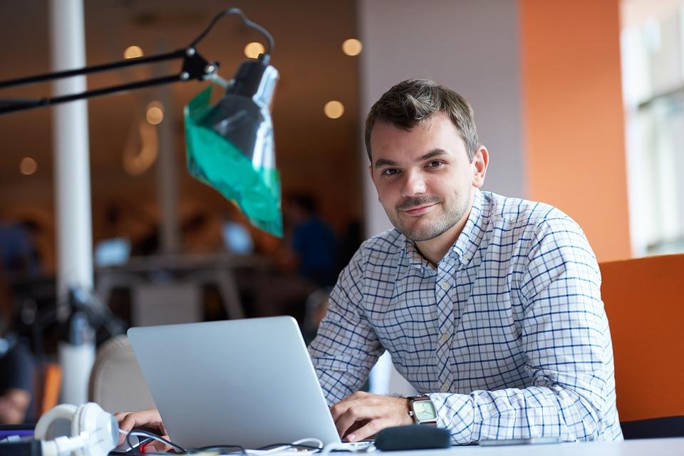 Emprendimiento exitoso: habilidades y competencias para lograrlo
